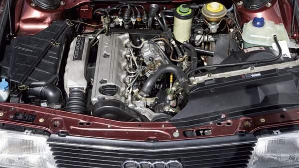 Audi 100 TDI 5 cylindres 1989